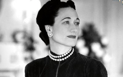 The Duchess of Windsor wore one black pearl earring and one white.